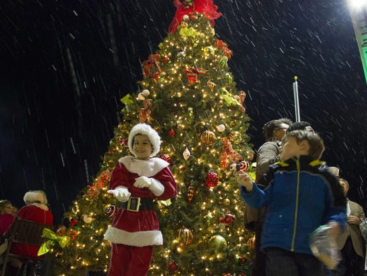 Christmas Tree Lighting 1