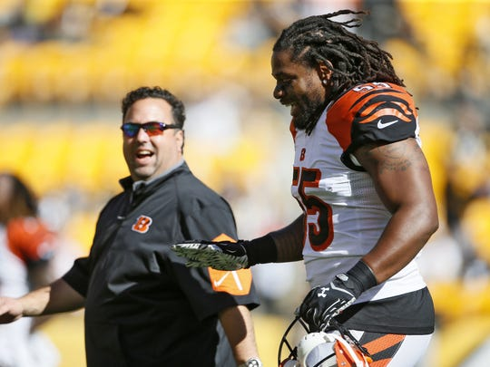 Bengals defensive coordinator Paul Guenther hired linebackers coach Jim Haslett to aid in coaching Vontaze Burfict in 2016.