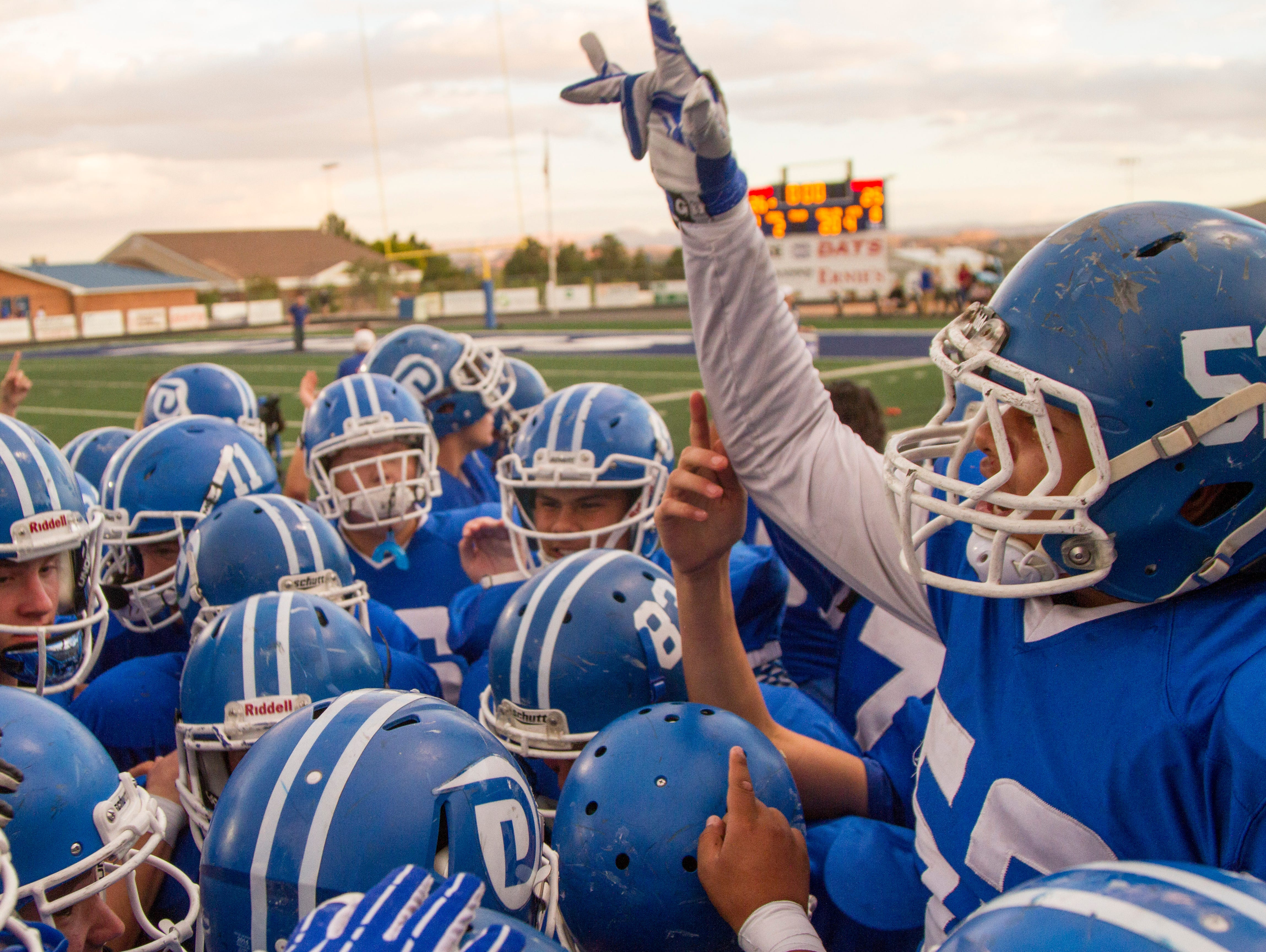 Dixie holds on to 26-25 lead for victory over Bear River Friday, Nov. 4, 2016.