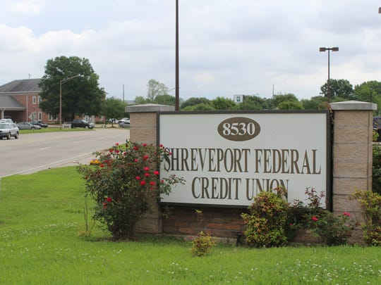 A sign outside the Shreveport Federal Credit Union, where federal regulators took control of operations on Thursday.