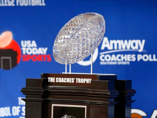 2017-08-30-amway coaches trophy