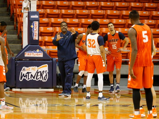 UTEP assistant coach Bob Braswell puts the Miners through their offense the coaches installed for their game tonight against the New Mexico Lobos. Head coach Phil Johnson and his assistant coaches will lead the Miners through their second under his watch in the Don Haskins Center hoping to rebound from a tough loss Thursday night against the NMSU Aggies 80-60, bringing their record to 1-6 on the season.