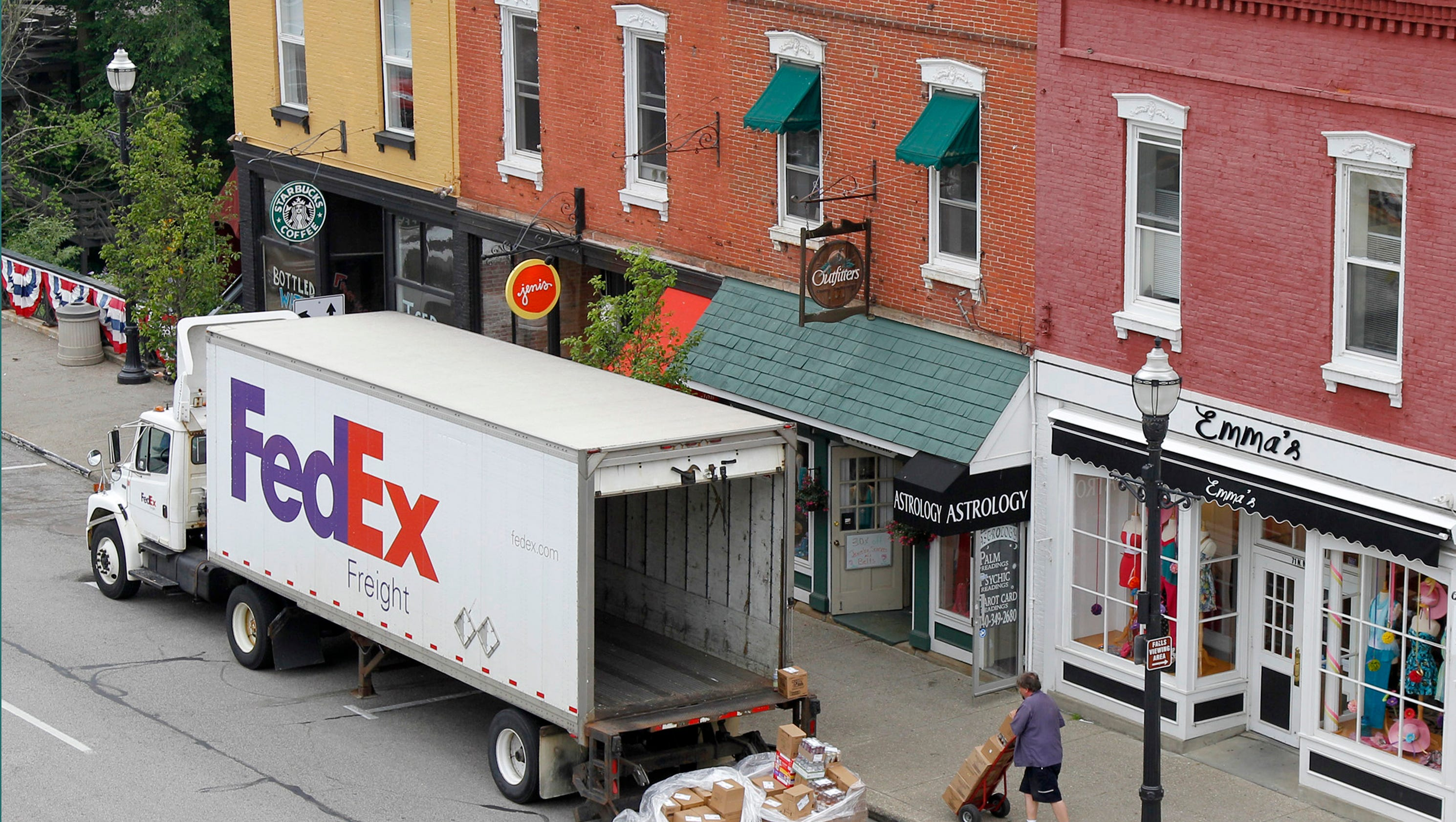 Workers At Fedex And Honeywell Latest To Benefit From Corporate Tax