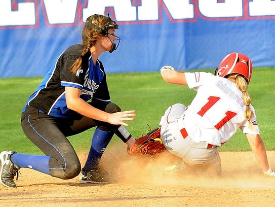 Ellie DuBois applies the tag in a game this past spring.