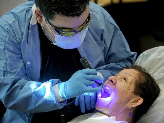free-dental-exams-for-seniors-3.jpg