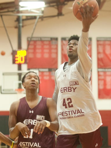 Aljami Durham, planning to attend Indiana, drives to