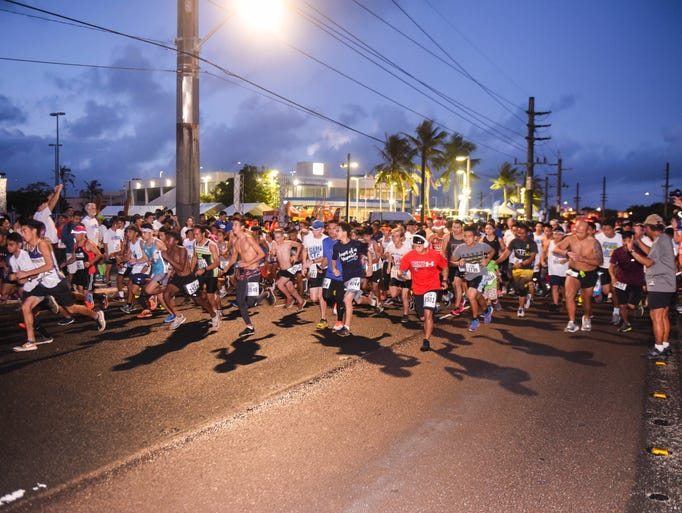 Runners and other participants kick off from the starting