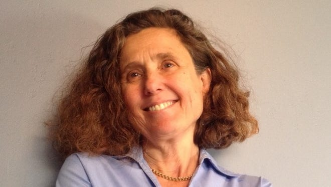 Sara Solovitch is the acting executive editor of Searchlight New Mexico.