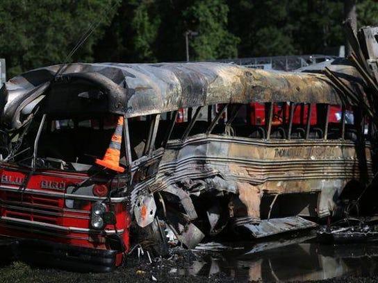 bus crash tallahassee.jpg