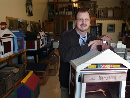 Exchange-Little Free Libraries (2)