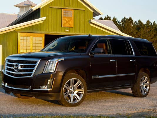 2015-Cadillac-Escalade-ESV-003