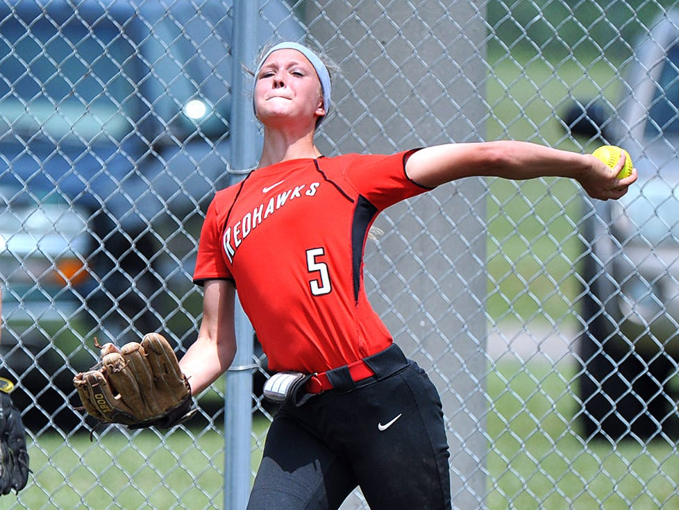 Stewarts Creek outfielder Alexandria Decker fires the ball back to the infield against Dickson County in the AAA State Championships at Spring Fling 2016 Wednesday, May 25, 2016 in Murfreesboro, Tenn.