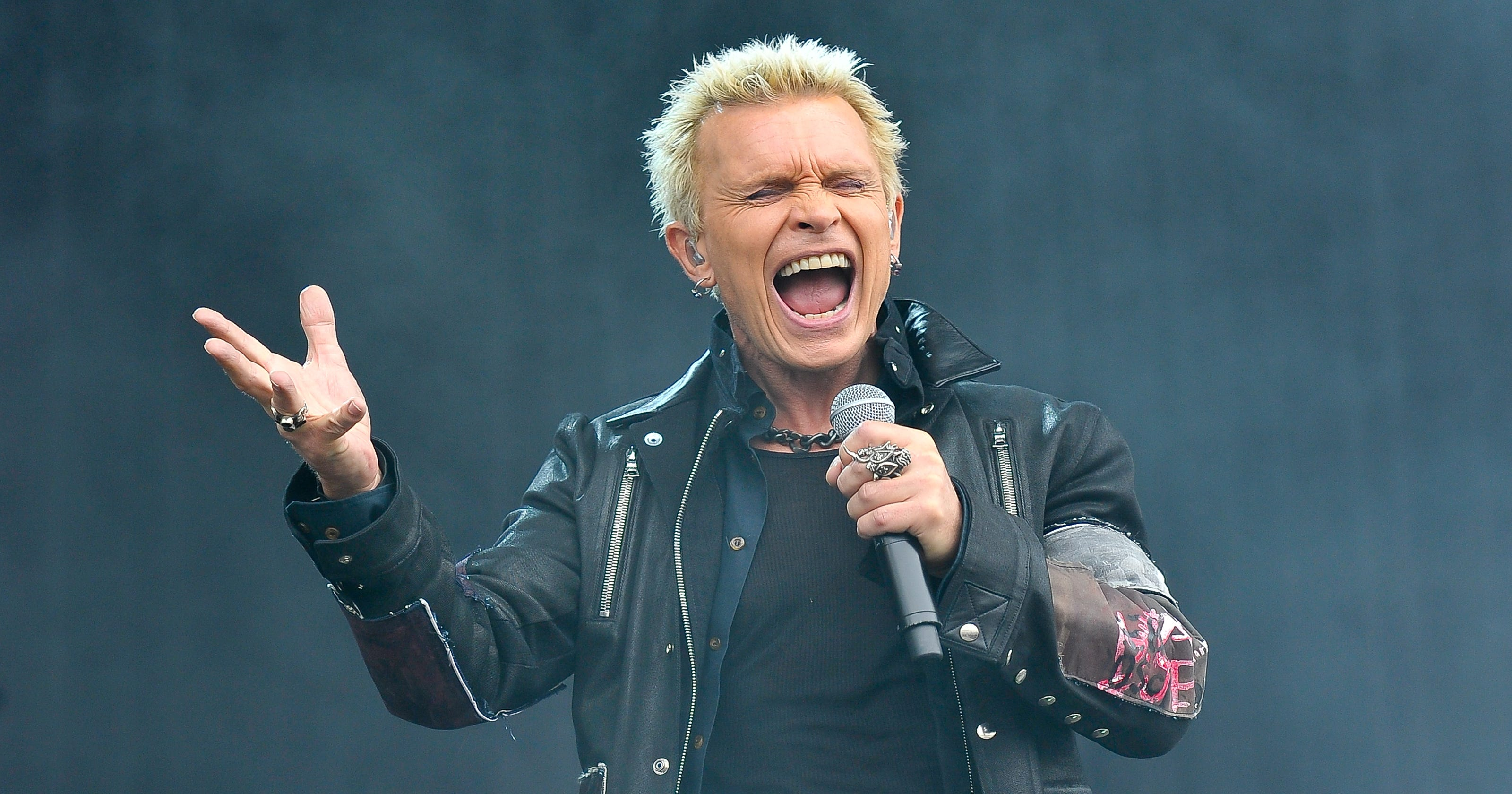 Billy Idol streams new song Can't Break Me Down off new ...