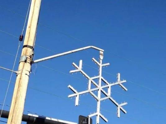 636477229651132597-snowflake.JPG