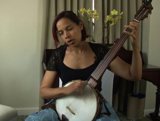 636336437256432645-rhiannon-banjo2-final.jpg