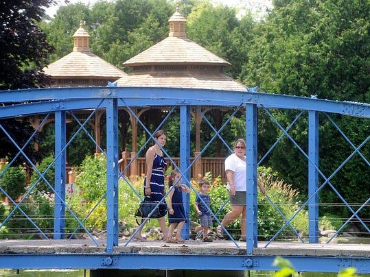 -FON 071015 lakeside park 3.jpg_20150710.jpg