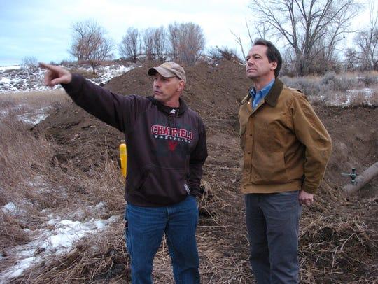 Paul Peronard, left, with the U.S. Environmental Protection