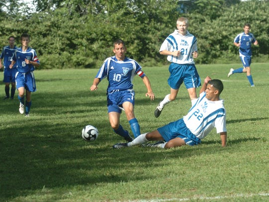 Action from a 2007 game between North Arlington (white)