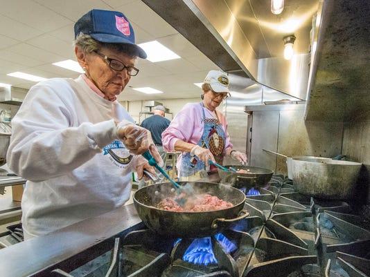 Kitchen Volunteers at Salvation Army