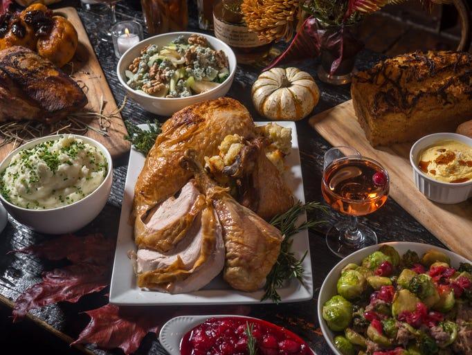 10 restaurants serving traditional thanksgiving turkey for Restaurants serving thanksgiving dinner 2017