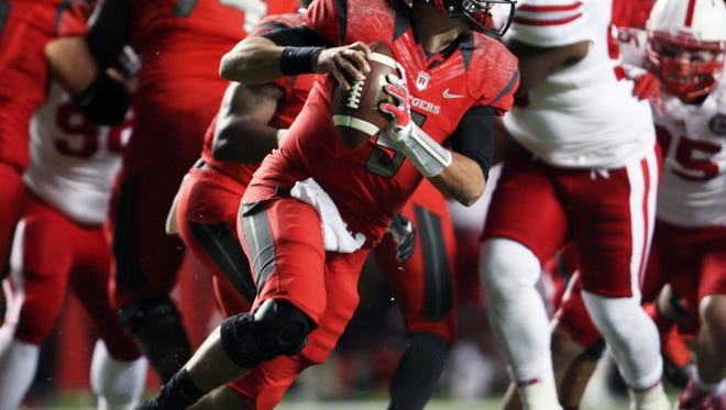 Rutgers quarterback Chris Laviano's play is key to halting a four-game losing streak.