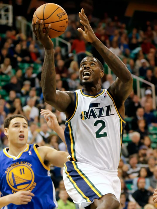 11-20-marvin-williams-injury