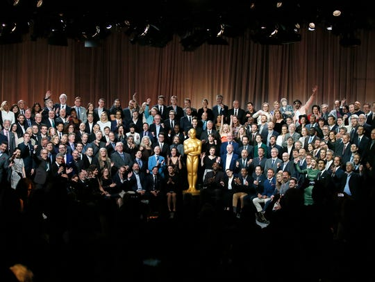 "Nominees for the 90th Academy Awards pose for a ""class"