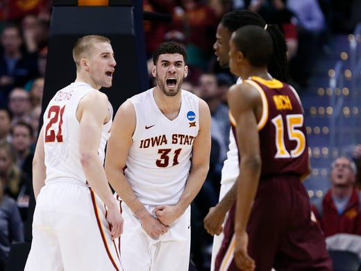 NCAA Tournament 2016 in Denver: Live coverage, photos, scores