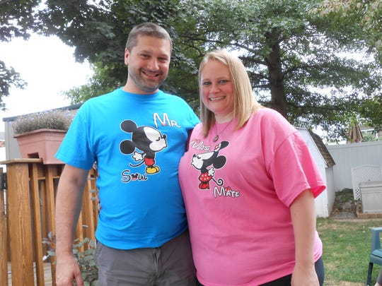 Cathy and Jeremy Mazur of Middlesex met online.