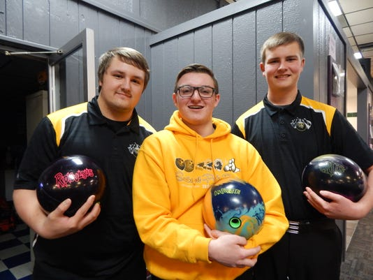 Southeast Polk bowling