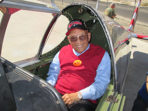 Tuskegee Airman, retired USAF Lt  Col  Robert Friend dies