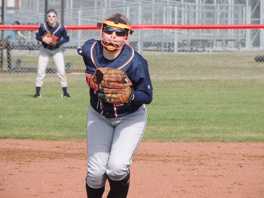 Galion pitcher Emily Sedmak delivers a pitch Saturday