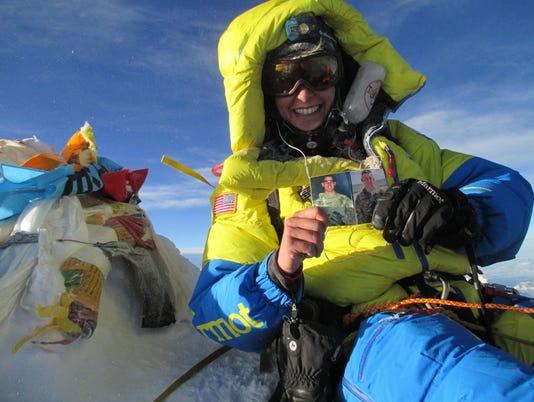635996969539653206-Elyse-Ping-Medvigy-Team-USX-Mount-Everest-Summit-5.24.16.JPG