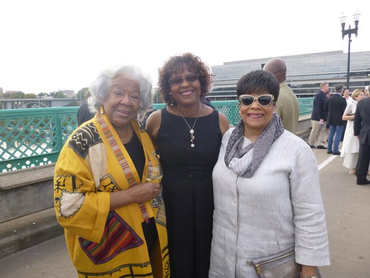 Sylvia Peters, Avice Reid and Cathy Brown at Dinner on the Bridge.