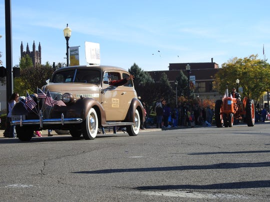 The annual Veterans Parade was held Saturday morning in downtown Zanesville in honor of Gold Star mothers.