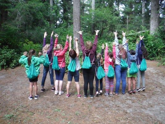 636144621934324010-Girl-Scouts-Backpacks-2.JPG