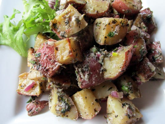 636331270082160794-mcewen-s-potato-salad.JPG