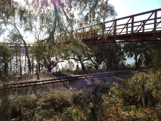 The Lake Lafayette Heritage Trail features a bridge,