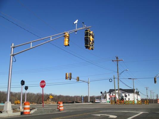 636524938396901524-Regency-at-Monroe-traffic-signal-3.jpg