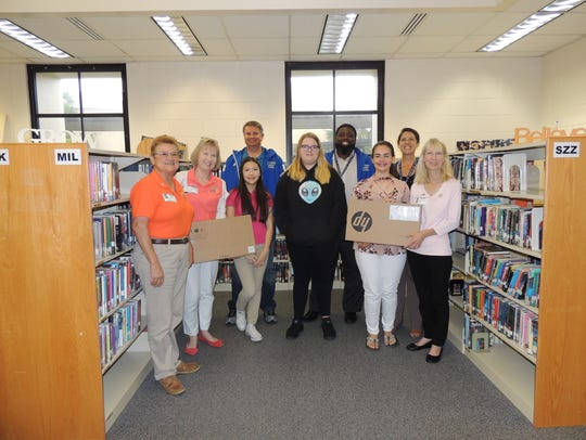 Accelerated Reading program laptop winners at the Oslo
