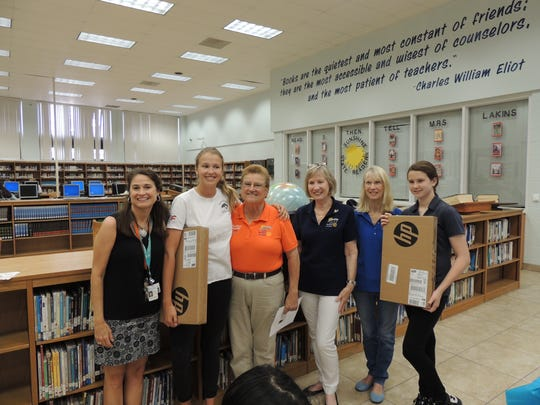 Accelerated Reading program laptop winners at the Gifford