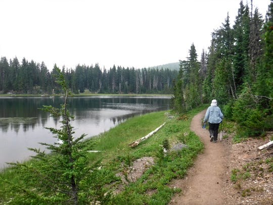 The Pacific Crest Trail along Sisters Mirror Lake.