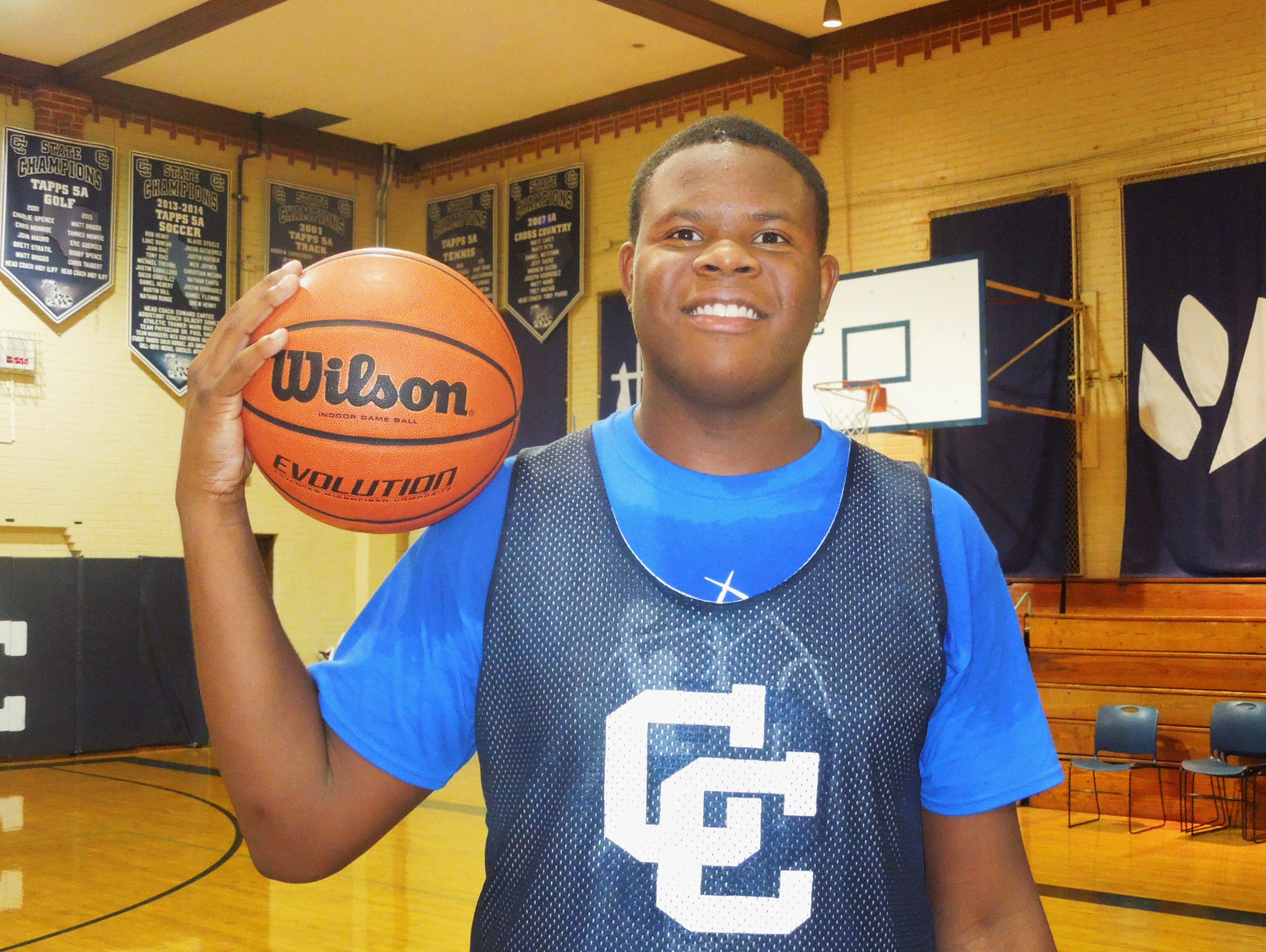 Central Catholic forward/center Tony Lewis will sign a national letter of intent with Santa Clara at 4:15 p.m. Wednesday at Central Catholic.