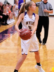 Wylie's Emma Melton looks to make a pass during the