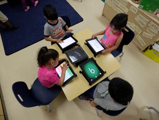 AP_Texas_Governor-Education.1