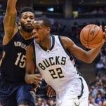 Pregame report: Bucks keeping a rein on Middleton's minutes