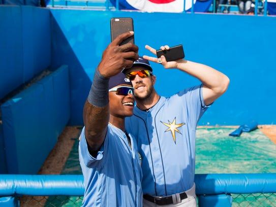 Tampa Bay Rays right fielder Steven Souza Jr. (right)
