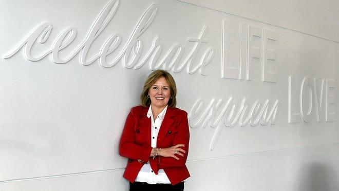 Signet CEO Virginia Drosos