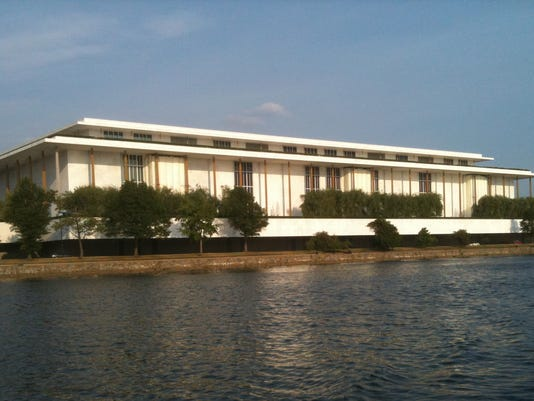 Kennedy_Center_seen_from_the_Potomac_River,_June_2010.jpg