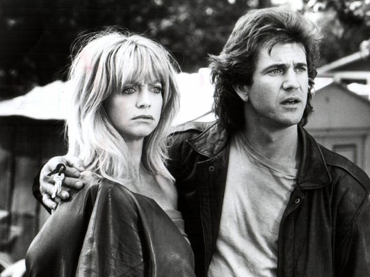 Mel Gibson and Goldie Hawn in 'Bird on a Wire.'